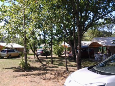 CAMPING LOT ET BASTIDES - Le camping CAMPING LOT ET BASTIDES, le Lot-et-Garonne - PUJOLS