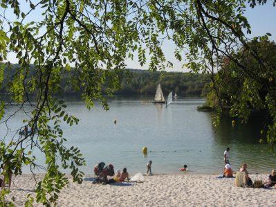 INTERNATIONAL DE JABLINES-Accès direct à la plage pour le camping INTERNATIONAL DE JABLINES-JABLINES