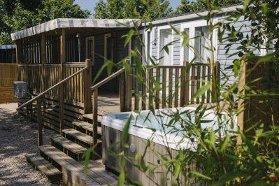LA PLAGE D'ARGENS-Les mobil-homes du camping LA PLAGE D'ARGENS-FREJUS