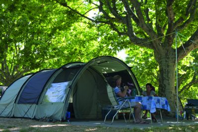 LA PLAGE D'ARGENS-Les emplacements du camping LA PLAGE D'ARGENS-FREJUS