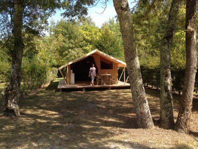 LA CIGALINE-Un camping en pleine nature-MONTPON MENESTEROL