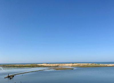 LES TULIPES-Accès direct à la plage pour le camping LES TULIPES-FAUTE SUR MER
