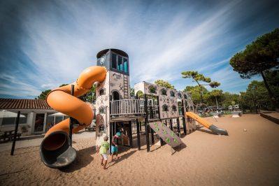 INTERLUDE-Espace jeux pour les enfants-BOIS PLAGE EN RE