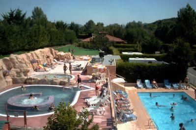 LE CLOS AUROY-Jeux aquatiques au camping LE CLOS AUROY, le Puy-de-Dôme-ORCET