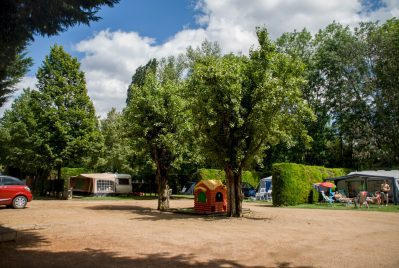 LE CLOS AUROY-Les emplacements du camping LE CLOS AUROY-ORCET