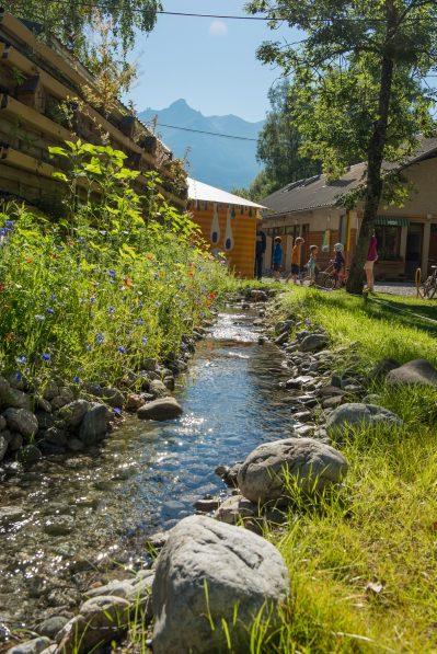 LE COUROUNBA-Le camping LE COUROUNBA, les Hautes-Alpes-VIGNEAUX