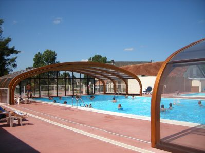 L'ESCAPADE-La piscine du camping L'ESCAPADE-CAHAGNOLLES