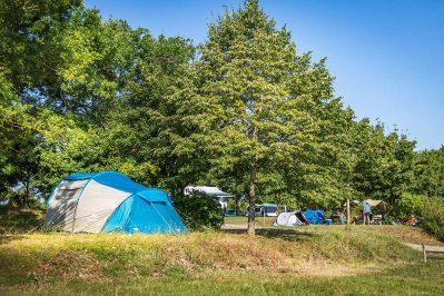 DOMAINE DU GARISSOU-Le camping DOMAINE DU GARISSOU, das Departement Tarn-CORDES SUR CIEL