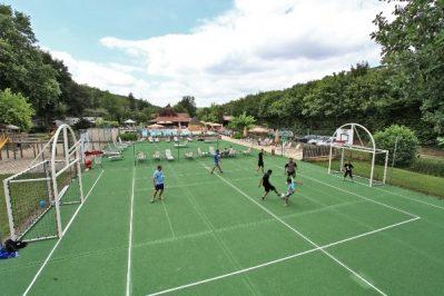 LE MOULIN DU ROCH-Le terrain multi-sports-SAINT ANDRE D ALLAS