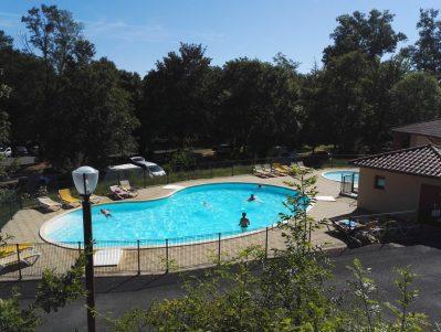 CAMPING LA BAGEASSE-La piscine du camping CAMPING LA BAGEASSE-BRIOUDE