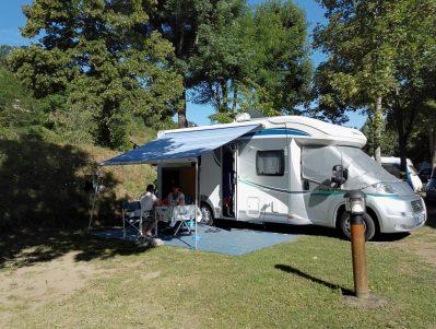 CAMPING LA BAGEASSE-Les emplacements du camping CAMPING LA BAGEASSE-BRIOUDE