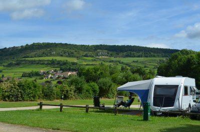 CAMPING DES SOURCES-Les emplacements du camping CAMPING DES SOURCES-SANTENAY