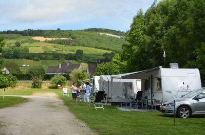 CAMPING DES SOURCES-Un camping en pleine nature-SANTENAY