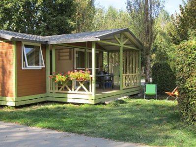 LE COLPORTEUR-Les chalets du camping LE COLPORTEUR-BOURG D OISANS