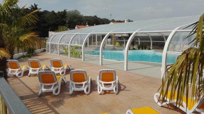 LE BOIS VERDON-La piscine couverte et chauffée du camping LE BOIS VERDON-SAINT JEAN DE MONTS