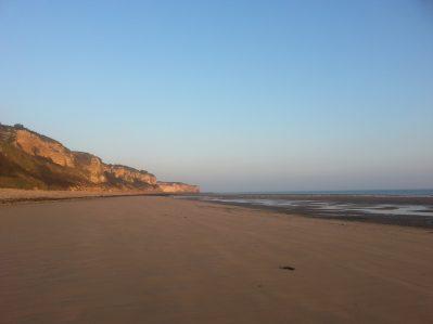 OMAHA-BEACH-Accès direct à la plage pour le camping OMAHA-BEACH-VIERVILLE SUR MER