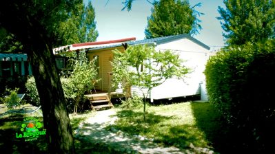 LE BREGOUX-Les mobil-homes du camping LE BREGOUX-AUBIGNAN