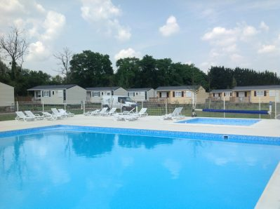 CAMPING DES 2 ILES -  - ISLES LES MELDEUSES