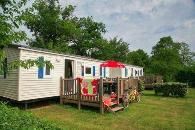 LE BOIS VERT-Les mobil-homes du camping LE BOIS VERT-PARTHENAY