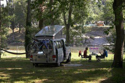 LE CLAPAS-Un camping en pleine nature-SALAVAS