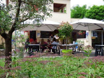 LE CLAPAS-Le bar du camping LE CLAPAS-SALAVAS