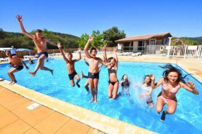 LA PINEDE-La piscine du camping LA PINEDE-GREOUX LES BAINS