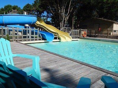 CLOS MER ET NATURE-La piscine du camping CLOS MER ET NATURE-SAINT MICHEL CHEF CHEF