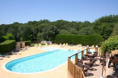 LE MAS DE REY-La piscine du camping LE MAS DE REY-ARPAILLARGUES ET AUREILLAC