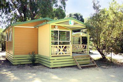 LA PINEDE-Les chalets du camping LA PINEDE-CALVI