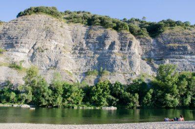 LA GRAND'TERRE-Accès direct à la rivière im Departement Ardèche-RUOMS