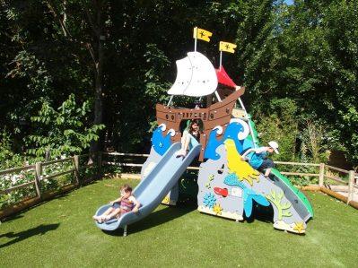CAMPING DU VIADUC-Espace jeux pour les enfants-MILLAU