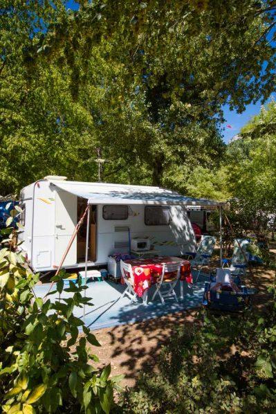 CAMPING DU VIADUC-Les emplacements du camping CAMPING DU VIADUC-MILLAU
