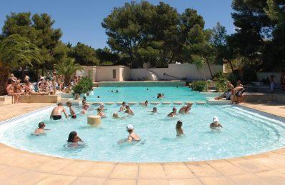 LE MAS-La piscine du camping LE MAS-MARTIGUES