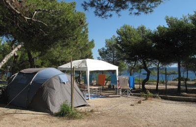 LE MAS-Les emplacements du camping LE MAS-MARTIGUES