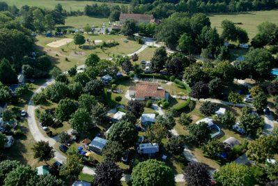 LES GORGES DU CHAMBON-Le camping vu du ciel-EYMOUTHIERS