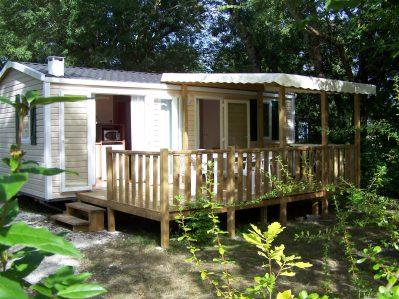 FLEURS DES CHAMPS-Les mobil-homes du camping FLEURS DES CHAMPS-ARCES
