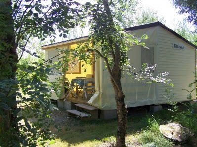 FLEURS DES CHAMPS-Les hébergements insolites du camping FLEURS DES CHAMPS-ARCES