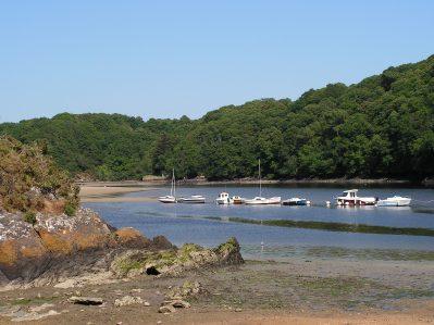 CAMP DE CROAS-AN-TER-Accès direct à la rivière im Departement Finistère-CLOHARS CARNOET