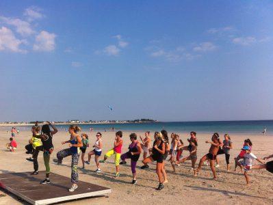 VILLAGE LA PLAGE-Accès direct à la plage pour le camping VILLAGE LA PLAGE-PENMARCH