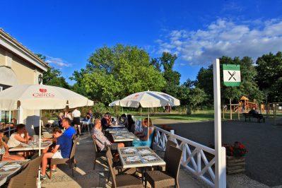 PARC DE FIERBOIS-Le restaurant du camping PARC DE FIERBOIS-SAINTE CATHERINE DE FIERBOIS