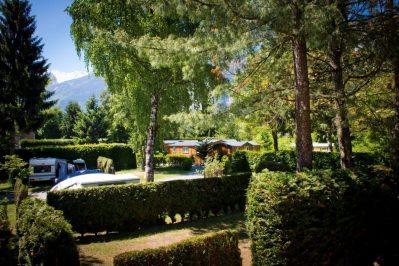 A LA RENCONTRE DU SOLEIL-Les emplacements du camping A LA RENCONTRE DU SOLEIL-BOURG D OISANS