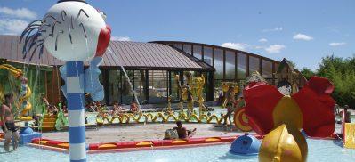 RESORT LA RIVE-Jeux aquatiques au camping RESORT LA RIVE, les Landes-BISCARROSSE