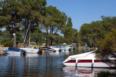 MAYOTTE VACANCES-Un camping en bord de lac les Landes-BISCARROSSE