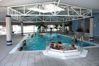 LE SAINT MARTIN-La piscine couverte du camping LE SAINT MARTIN-MOLIETS ET MAA