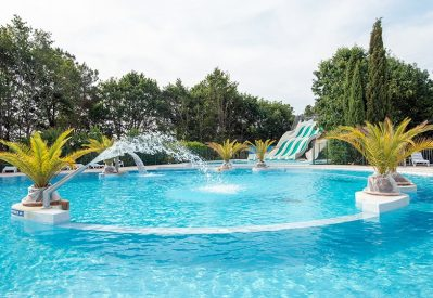 MANE GUERNEHUE-La piscine du camping MANE GUERNEHUE-BADEN