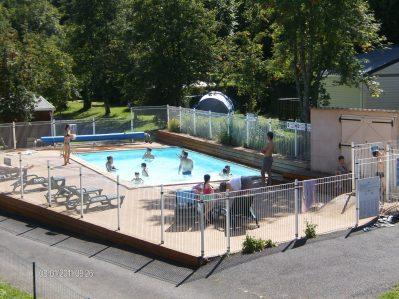 L'OMBRAGE-La piscine du camping L'OMBRAGE-SAINT PIERRE COLAMINE