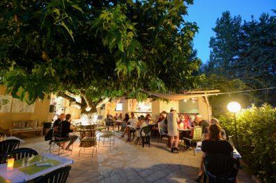 L'OASIS DU VERDON-Le restaurant du camping L'OASIS DU VERDON-AUPS