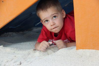 LE GRAND CALME-Espace jeux pour les enfants-FREJUS