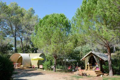 LA PIERRE VERTE-Les hébergements insolites du camping LA PIERRE VERTE-FREJUS