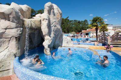LES CHOUANS-Le parc aquatique du camping LES CHOUANS-SAINT HILAIRE DE RIEZ